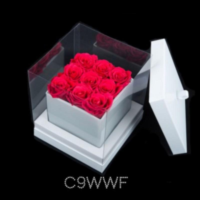 Cube Blanc 9 Roses Fushias (boîte Blanche)