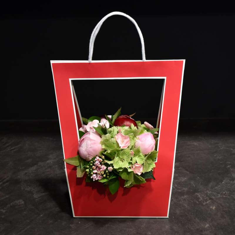 Red Flower Bag Composition Mother's Day